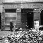 Danni alle botteghe. Firenze 1966
