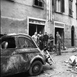Auto distrutta dall'Alluvione. Firenze 1966