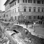 Danni alla città. Lungarno del Tempio da Piazza Cavalleggeri Firenze 1966