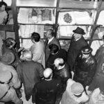Aldo Moro in visita alla BNCF con Emanuele Casamassima e Romano Nencini