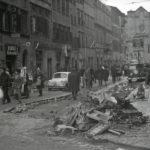 Danni dell'alluvione. Strade di Firenze 1966