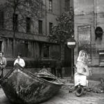 Danni e resti dell'alluvione. Firenze 1966