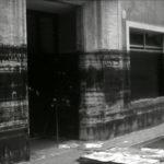 Segni del livello dell'acqua sugli edifici. Alluvione Firenze 1966